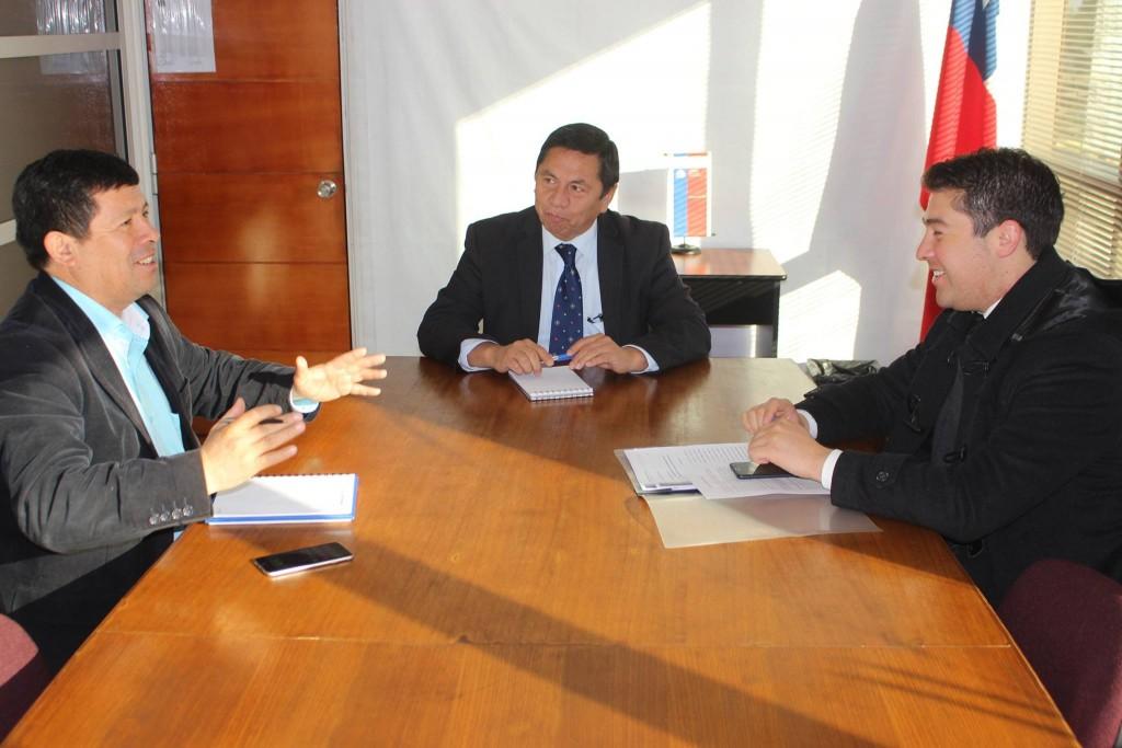Alcalde Paillafil se reúne con Subdirector de CONADI